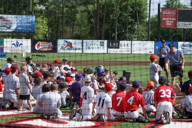 Chevy Youth Baseball Clinics   Service Chevrolet Cadillac